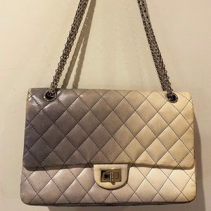 Chanel Lambskin Quilted 2.55 Reissue 226
